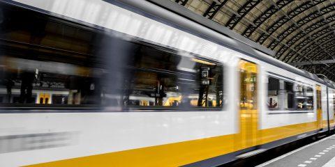 5G, come aumenta i livelli di sicurezza e l'efficienza dei binari dei treni