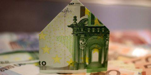 """Banca d'Italia, Visco: """"Fortemente impegnati con la BCE per l'euro digitale"""""""