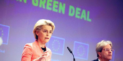 """Green deal, la proposta della Commissione Ue: """"Dal 2035 in vendita solo auto a zero emissioni"""""""