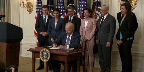 Biden difende la libera concorrenza e attacca le Big Tech, anche nel cloud