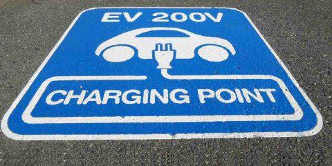 Ddl concorrenza, ok a 21 mila punti ricarica in Italia per veicoli elettrici entro il 2030