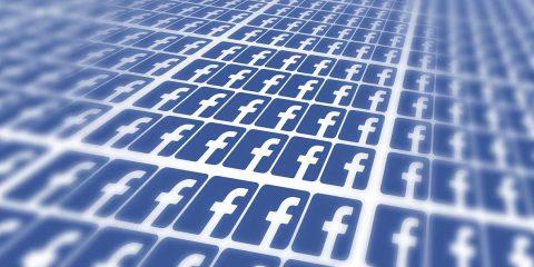 Facebook e l'algoritmo che favorisce i contenuti anti-vax. Lo studio