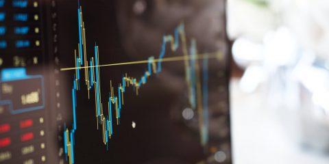 Tim rivede le stime dopo l'accordo con DAZN e perde terreno in Borsa