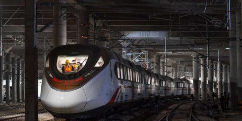 Cina, un robot costruirà la linea di una metropolitana di Guangzhou