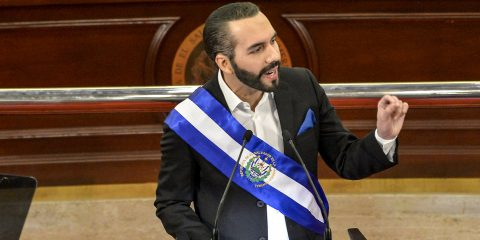 El Salvador primo Paese al mondo ad adottare il Bitcoin come valuta legale