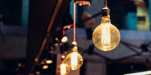 Aumento del 40% sulle bollette dell'energia elettrica? Come correre ai ripari