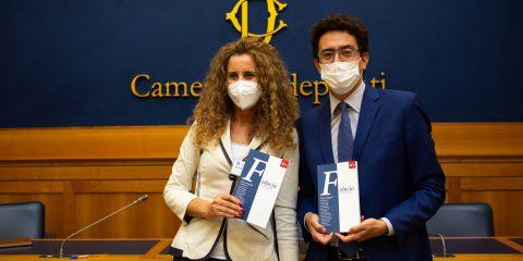 """Alla Camera presentazione del libro di Felicia Palagalli """"Fiducia nel XXI Secolo"""""""