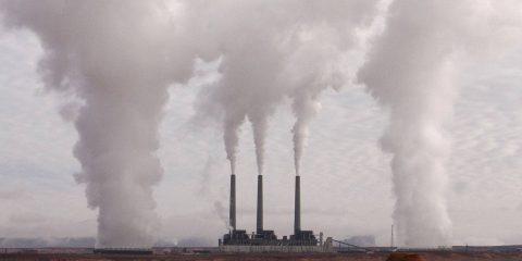 Energia. UE chiede di vigilare sul mercato delle quote di CO2: rischio speculazione è alto